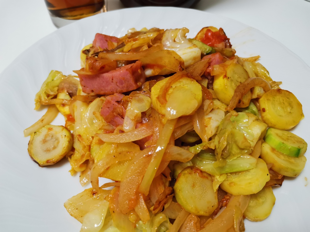 Stir fried veggies and sausage using olive oil